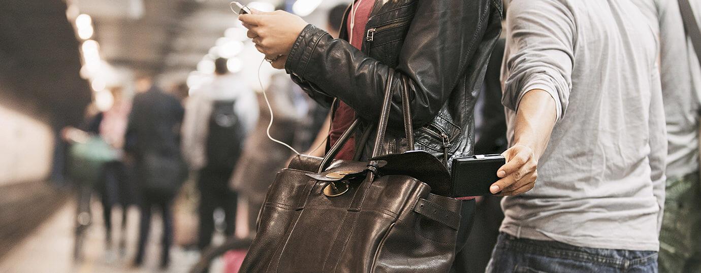 Image of man stealing wallet